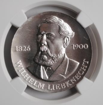 ГДР 20 марок 1976 г., NGC MS67, '150 лет со дня рождения Вильгельма Либкнехта'