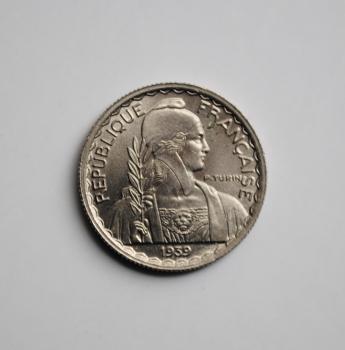 Индокитай 10 сантимов 1939 г., BU, 'Французский Индокитай (1885-1954)' магнитная