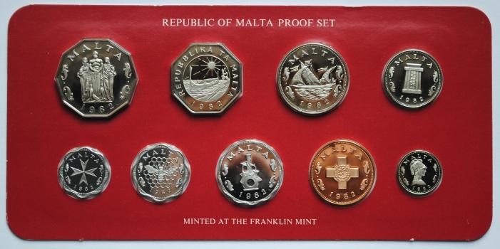"""Мальта набор 1982 г., PROOF, """"10 лет с момента перехода на десятичную систему"""""""