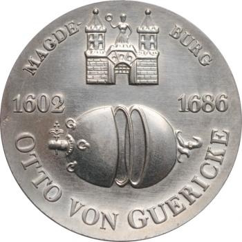 """ГДР 10 марок 1977 г., UNC, """"375 лет со дня рождения Отто фон Герике"""""""